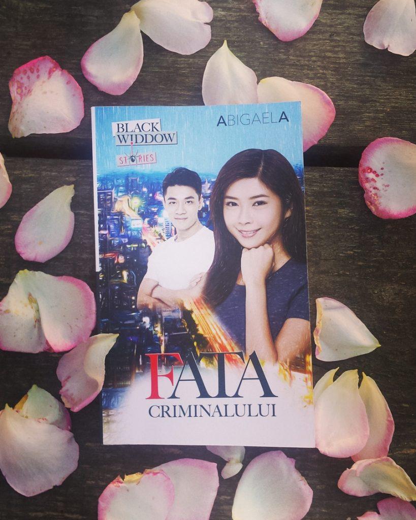 coperta carte fata criminalului abigaela bilbiie cu petale de trandafir