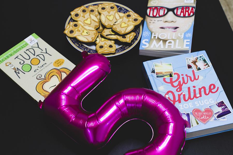 aniversare blogger 5 ani secretele cartilor balon roz cifra 5 carti