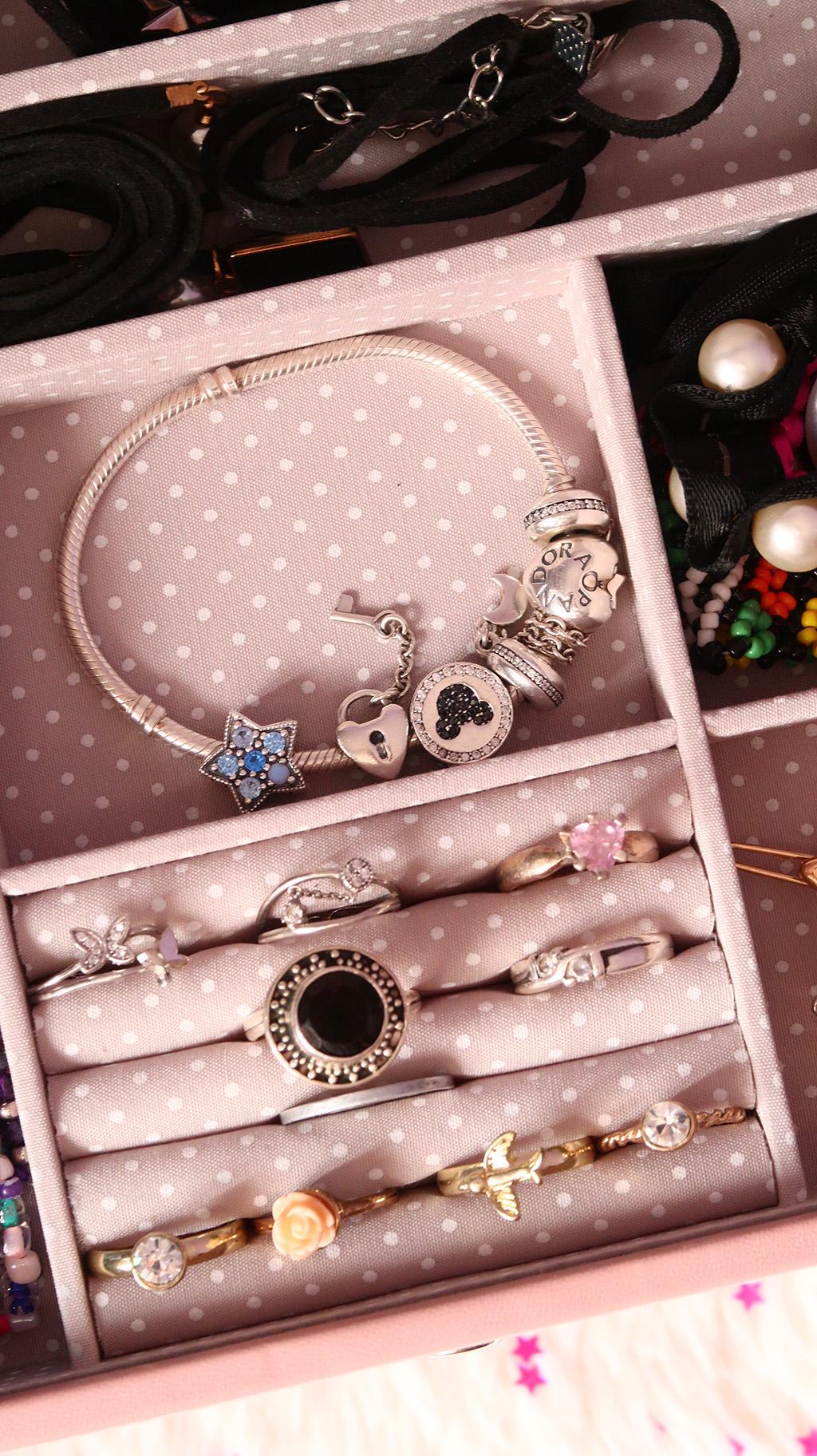 ilux cutie bijuterii pink cloud stackers compartimente cadouri martie