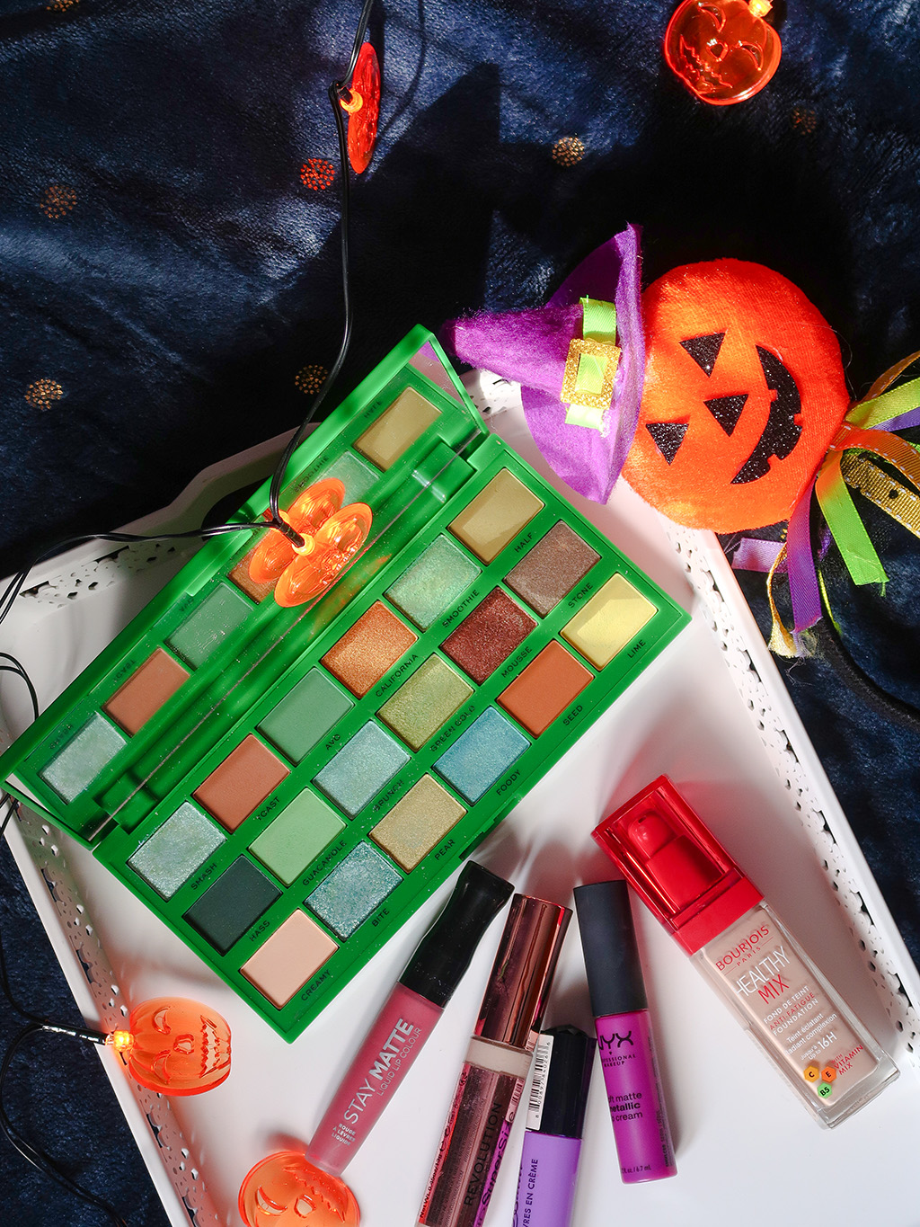 notino machiaj halloween makeup paleta makeup revolution tasty avocado bourjois ruj nyx