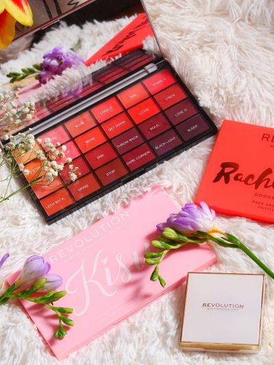 notino cadouri ziua femeii martie palete makeup revolution