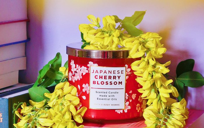 notino lumanare parfumata bath bodyworks japanese cherry blossom scented candle
