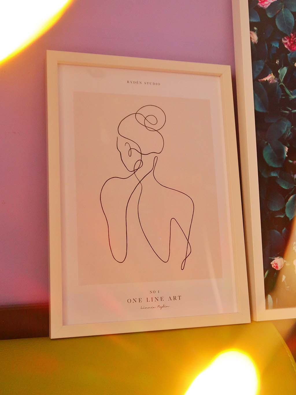 aspect romantic feminin dormitor tablouri poster store rame postere decor casa