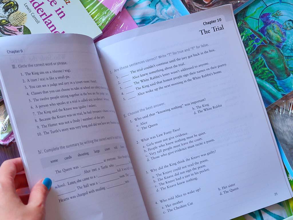 bookidz carti copii adulti premiu premii cadou cadouri sfarsit an scolar reduceri oferte cod reducere detectivii timpului compact classic readers